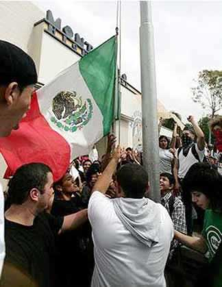 raising the Mexican flag