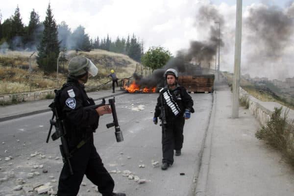Israeli Border Police Patrol Jerusalem's Old City
