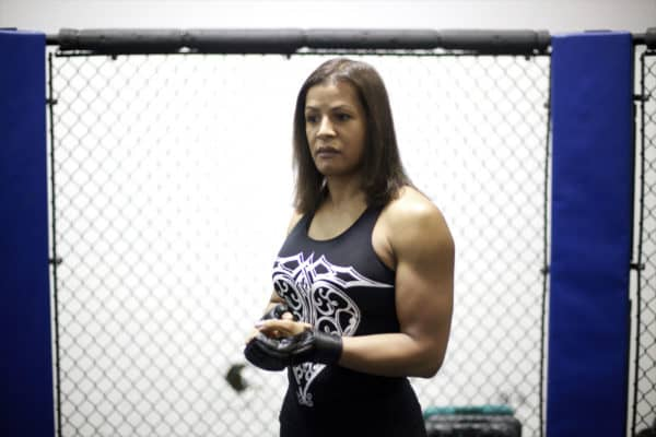 April 25, 2013 – Schaumburg, Illinois. – Fallon Fox trains at her local gym. Fallon found herself in the spotlight after coming out as a transgender fighter in mixed martial arts. Born as a male, Fox underwent gender reassignment surgery to become a woman several years ago. She competes against women in the cage fighting sport. (Credit Image: © Sally Ryan / ZUMA Wire)
